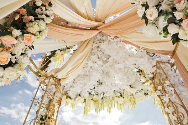 pavillon-mariage-vue-de-dessous